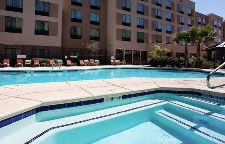 Residence Inn Phoenix North/Happy Valley - Pool - 0