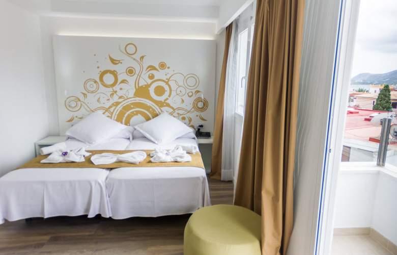 Triton Beach by Crea Hoteles (Sólo Adultos) - Room - 2