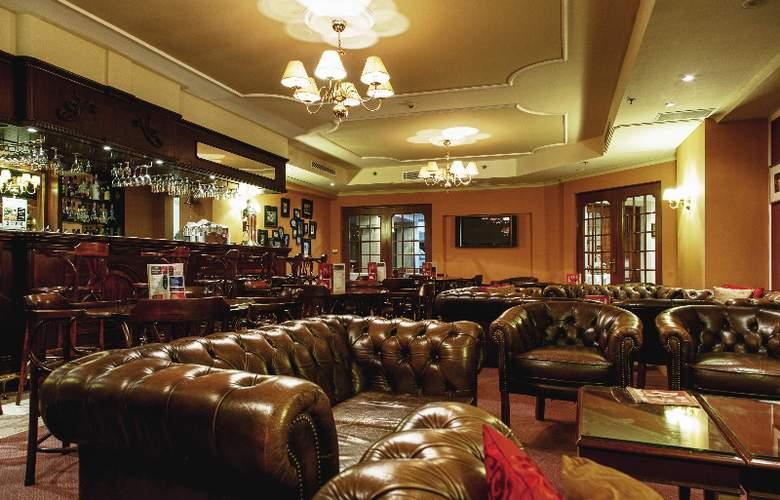 Victoria - Bar - 6