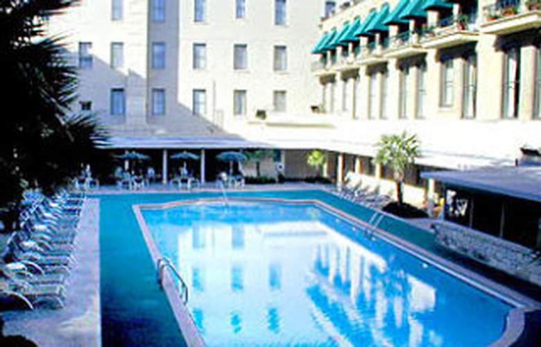 Menger Hotel - Pool - 3