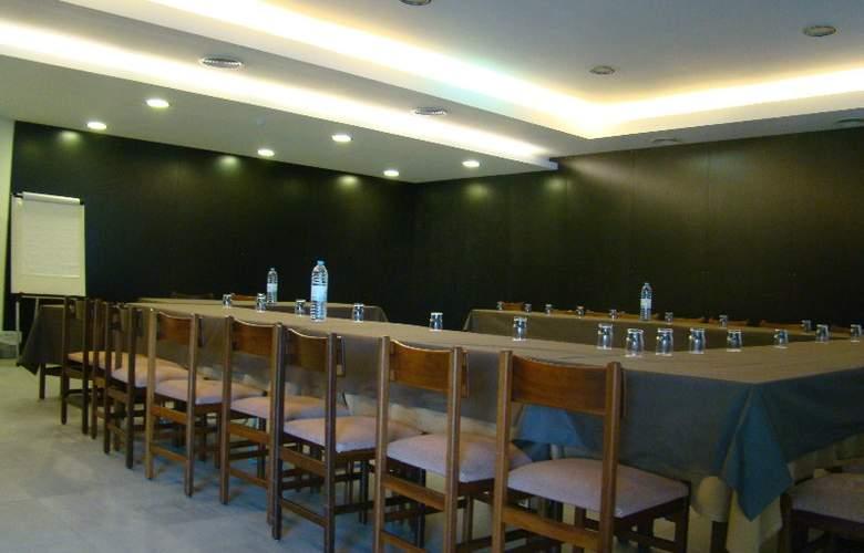 Hotel Rali Viana - Conference - 16