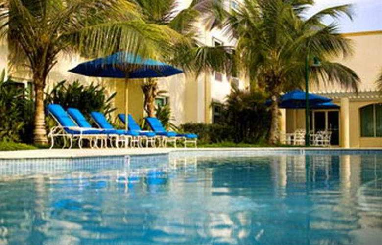 Four Points by Sheraton Caguas Real - Pool - 8
