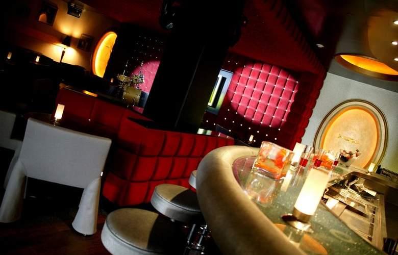 Gran Hotel la Florida - Hotel - 4
