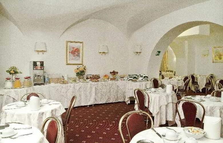 Daniela - Restaurant - 3