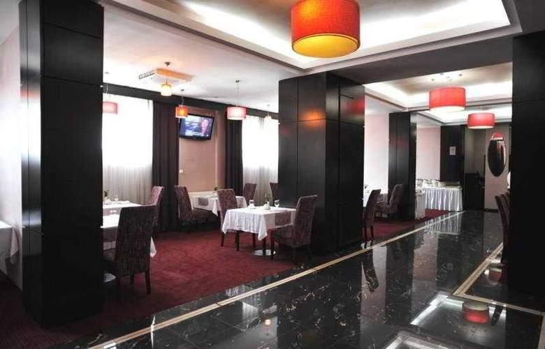 Rin Central - Restaurant - 4