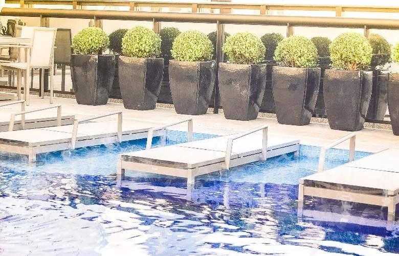 Cullinan Hplus Premium - Pool - 15