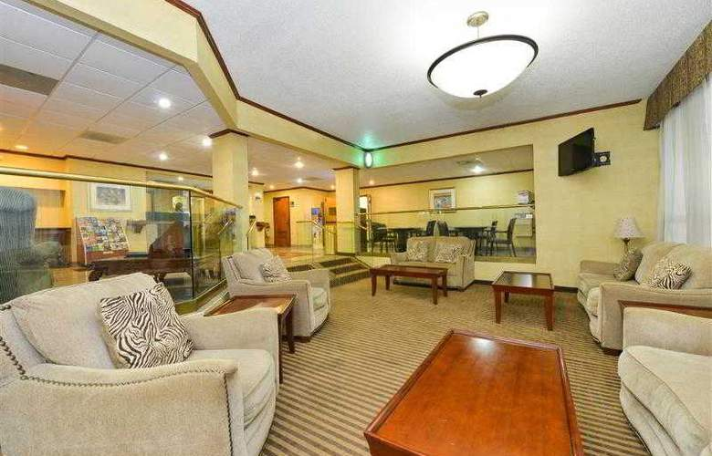 Best Western Plus Richmond Airport Hotel - Hotel - 50