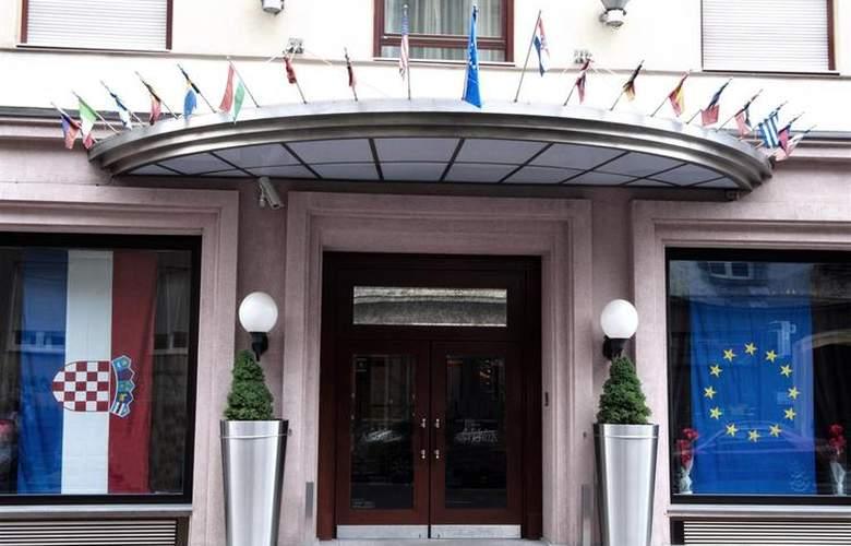 Best Western Premier Astoria - Hotel - 110