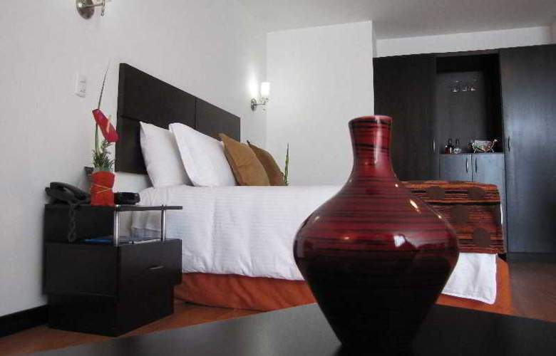 Varuna Hotel - Room - 18