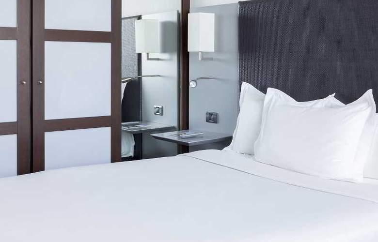 AC Coslada Aeropuerto - Room - 17