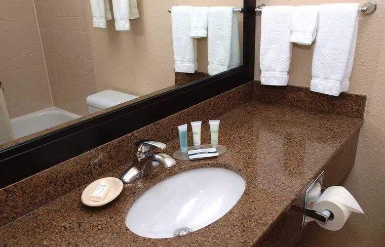 Best Western Pembina Inn & Suites - Hotel - 28
