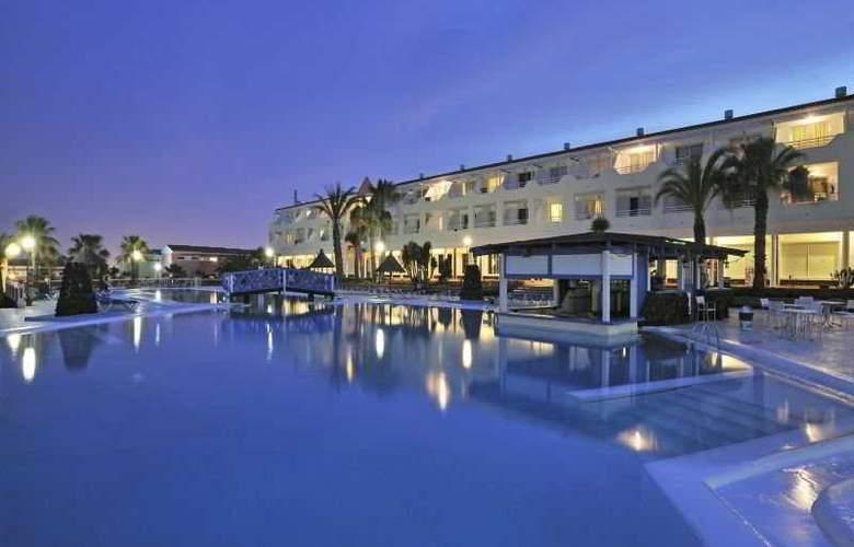 Globales Costa Tropical - Pool - 8
