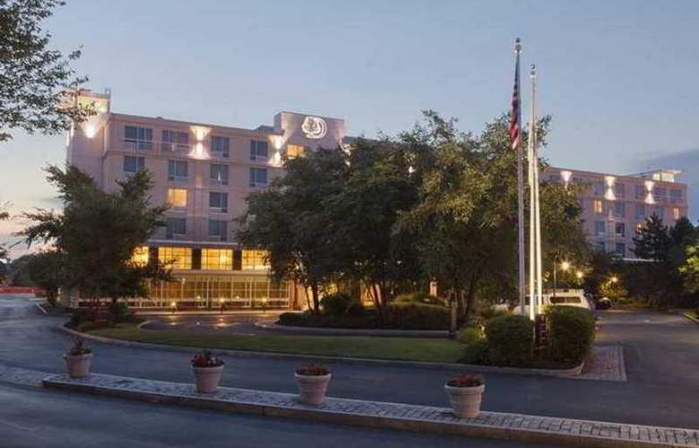 Doubletree Club Bayside - Hotel - 0