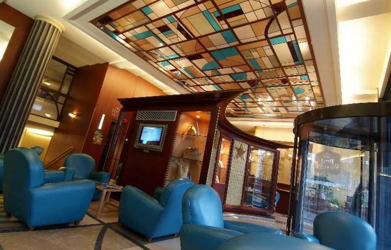 Art Deco Euralille - Hotel - 5