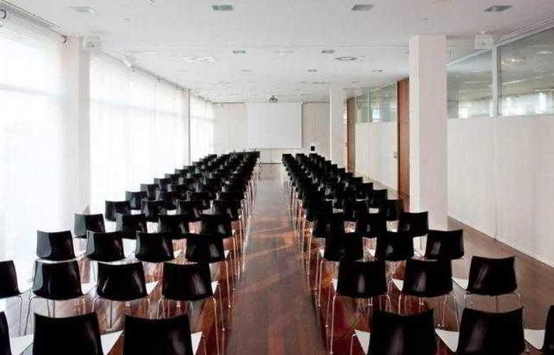 Primus Valencia - Conference - 17