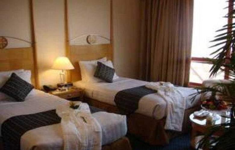 Days hotel -Marine Tower - Room - 1