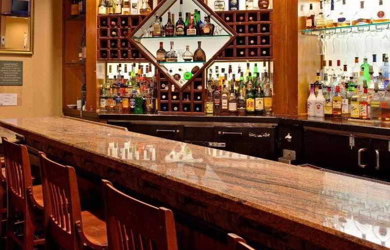 Crowne Plaza Redondo Beach - Bar - 3