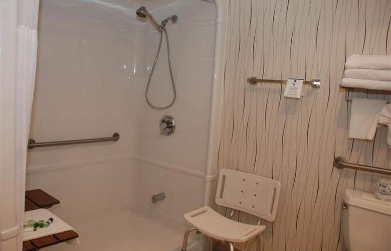 Best Western Plus Travel Hotel Toronto Airport - Room - 57
