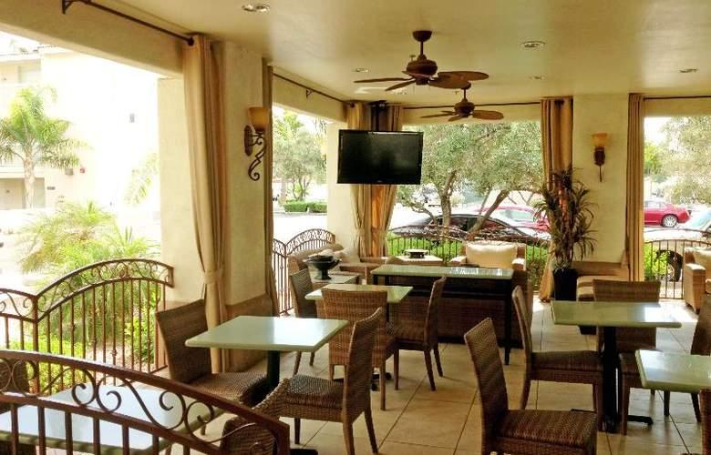 Hampton Inn & Suites Phoenix- Tempe -ASU - Terrace - 4