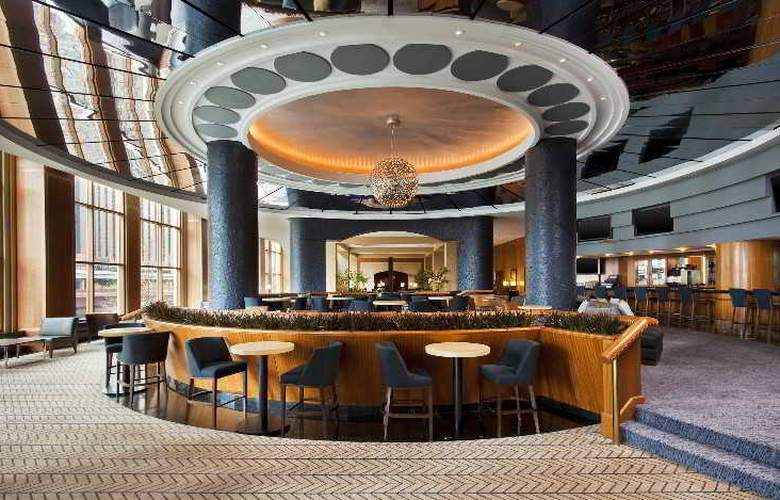Sheraton Grand Chicago - Bar - 16