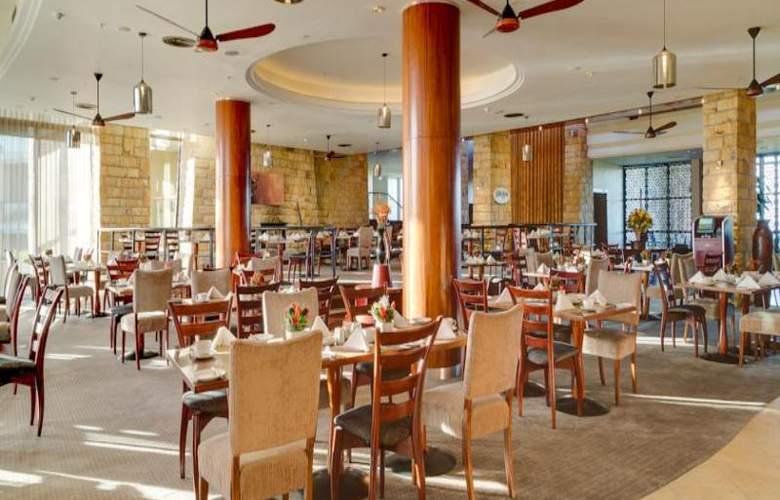 Arabella Western Cape Hotel & Spa - Restaurant - 42