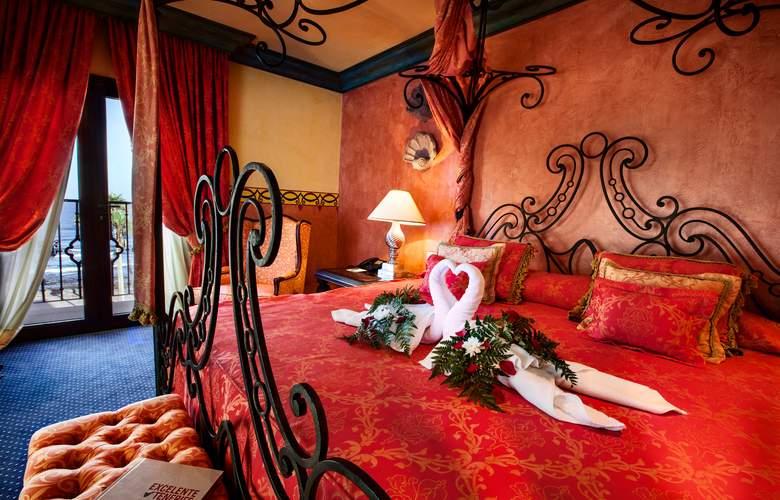 Europe Villa Cortes - Room - 1