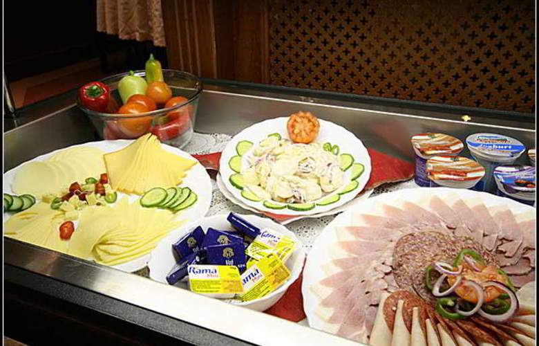 Gold Buda - Restaurant - 40