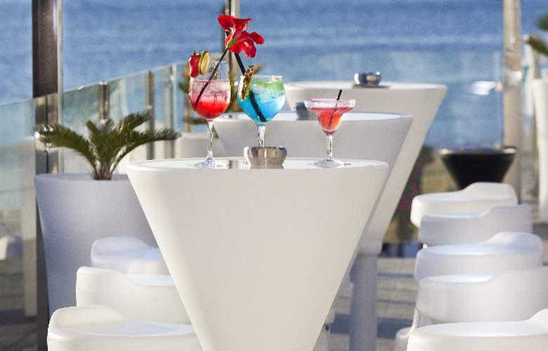 Marina Playa - Terrace - 8