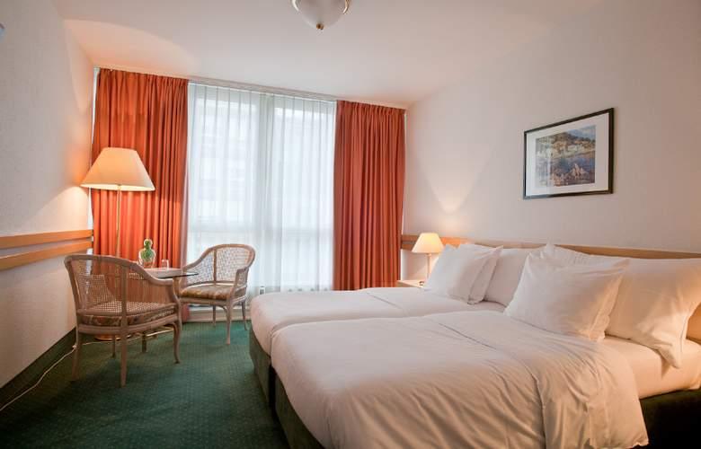 Drake Longchamp - Hotel - 4
