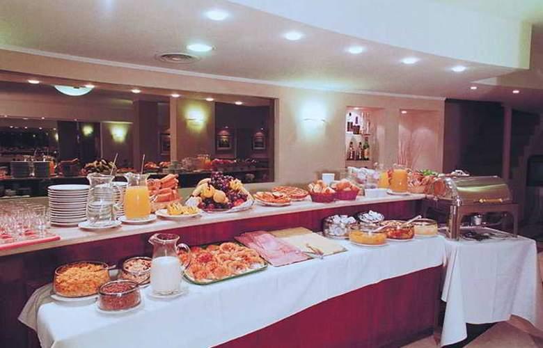 Gran Hotel Buenos Aires - Restaurant - 4
