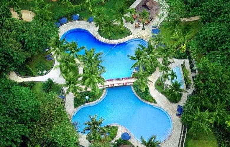 Shangri-La Jakarta - Pool - 6