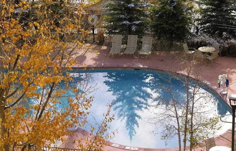 Sheraton Mountain Vista - Pool - 25