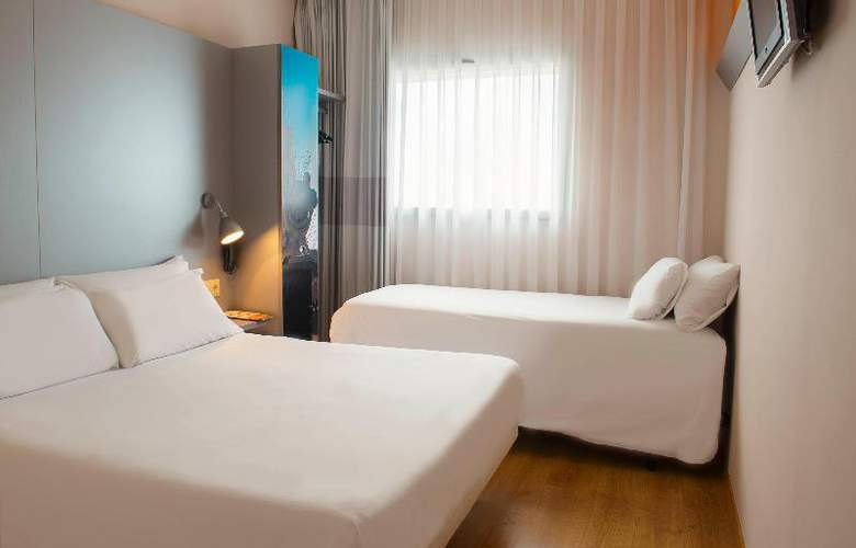 B&B Girona - Room - 1