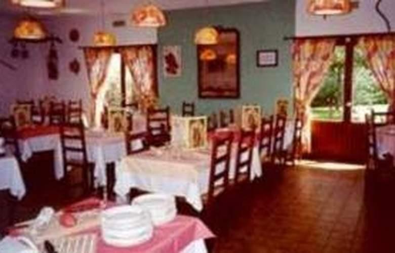 Comfort Hotel Istres - Restaurant - 3