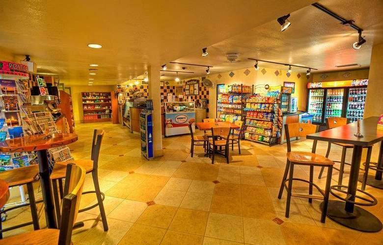 Best Western Plus Orlando Gateway Hotel - Restaurant - 90