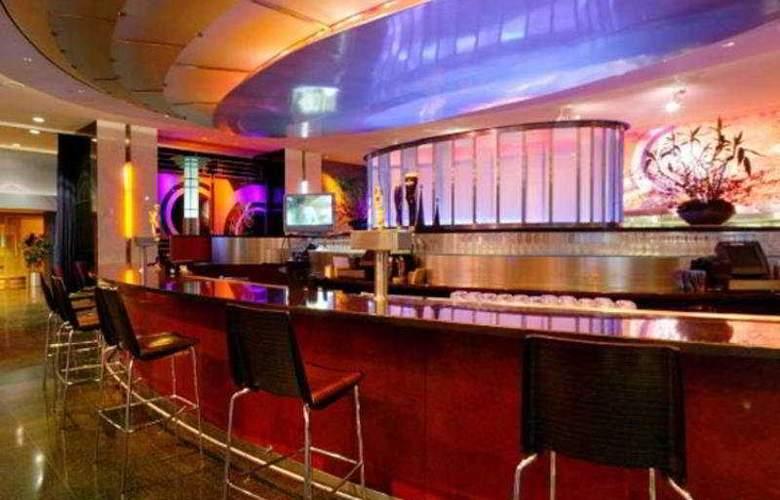 Loews Philadelphia - Bar - 4