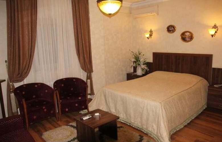 SANDAL HOTEL - Room - 8