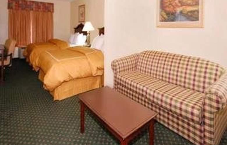 Comfort Suites (Escanaba) - Room - 3