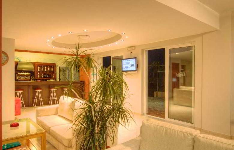 Krini Beach Hotel - General - 1