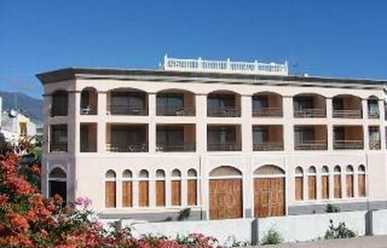 Apartamentos Isa - Hotel - 0