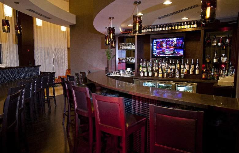 Comfort Suites Miami Airport North - Bar - 6