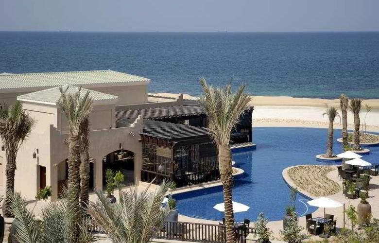 Desert Island Resort and Spa By Anantara - Pool - 8