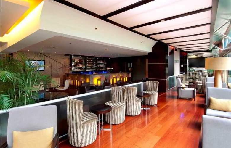Sonesta Hotel El Olivar - Bar - 10