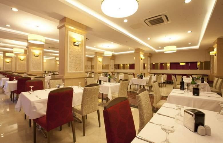Merve Sun - Restaurant - 25