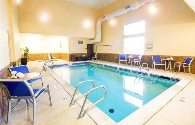 Best Western Plus Eastgate Inn & Suites - Hotel - 49