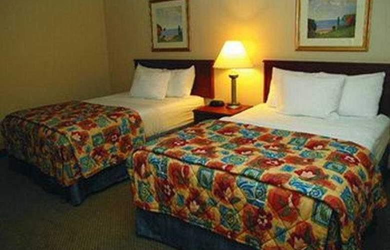 La Quinta Inn & Suites St Louis / Maryland Heights - Room - 4