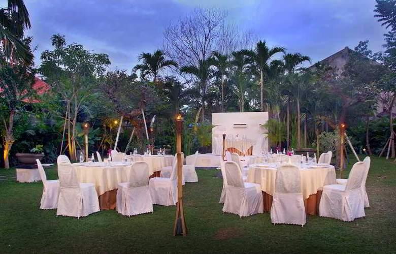 Fave Hotel Denpasar Bali - Restaurant - 3