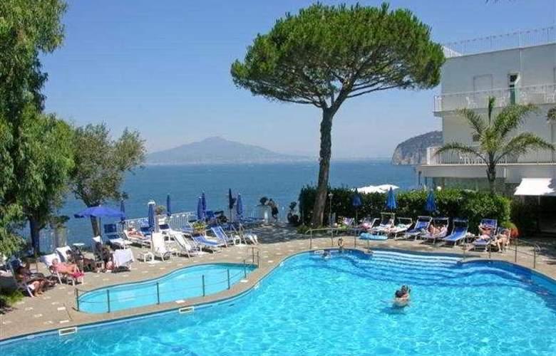 Grand hotel Riviera - Pool - 1