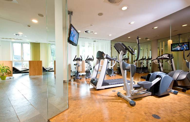 GOLD INN - Adrema Hotel - Sport - 8
