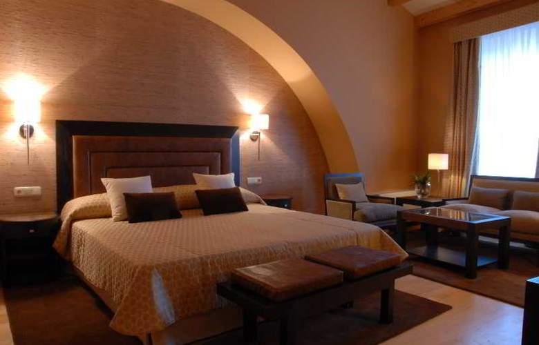 Hospes Palacio de Arenales - Room - 15